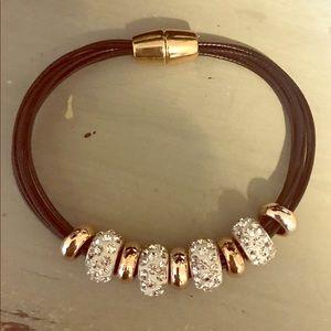 Jewelry - Crystal & gold bead multi-strand bracelet NWOT